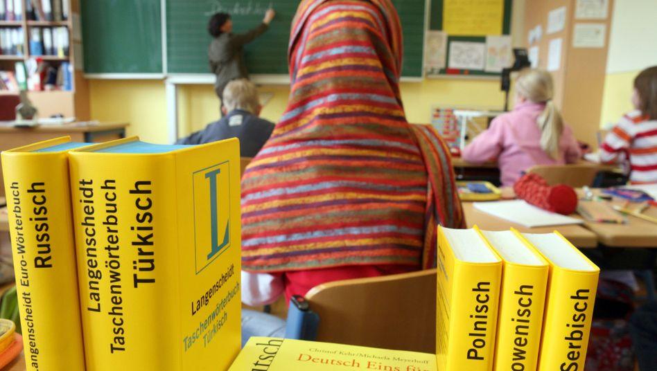 Sorgt immer wieder für Kontroversen: Kopftücher in Grundschulen