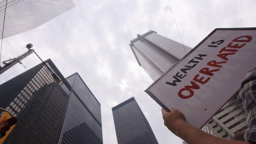 Photo Gallery: The G-20 Summit in Toronto