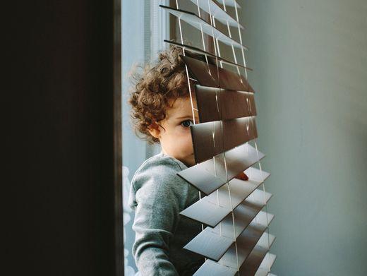 Kleiner Junge, allein zu Haus (Symbolbild): »Harsch formulierte Briefe«