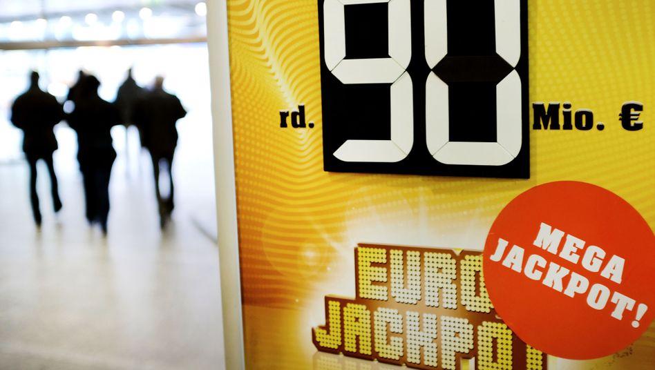 Je 30 Millionen Euro gehen nach Bayern, Hessen und Ungarn