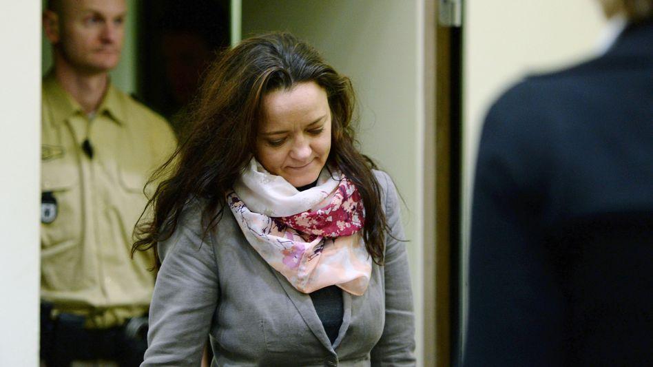 Hauptangeklagte Beate Zschäpe: Fingerabdrücke an Zeitungen