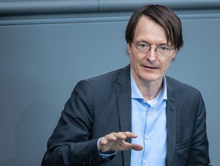 SPD-Gesundheitsexperte Karl Lauterbach: Er hält eine Maskenpflicht beim Einkauf für vernünftig
