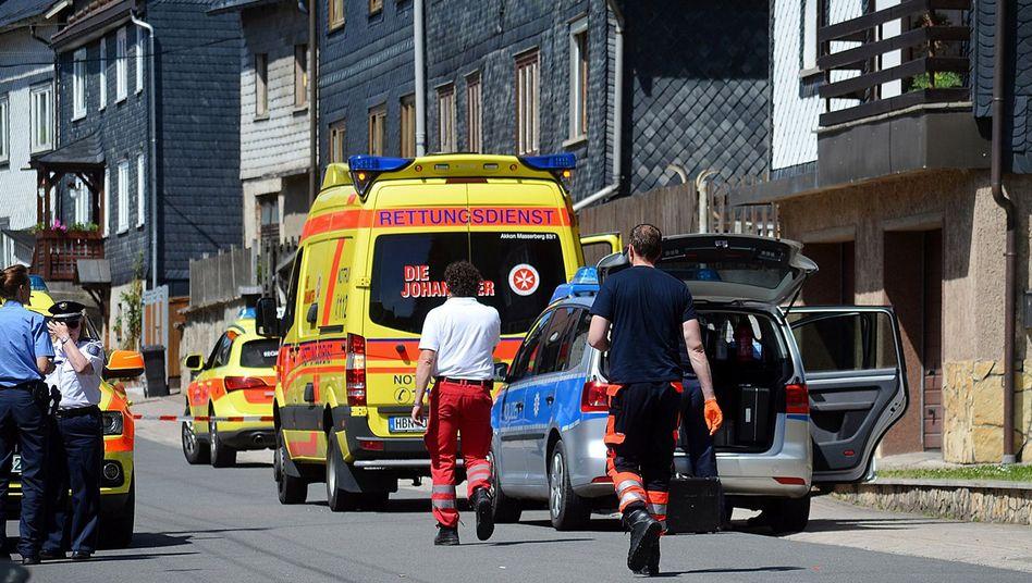 Rettungskräfte am Tatort