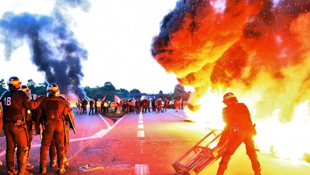 Proteste in Frankreich: Streiks, Blockaden, aufgeheizte Stimmung