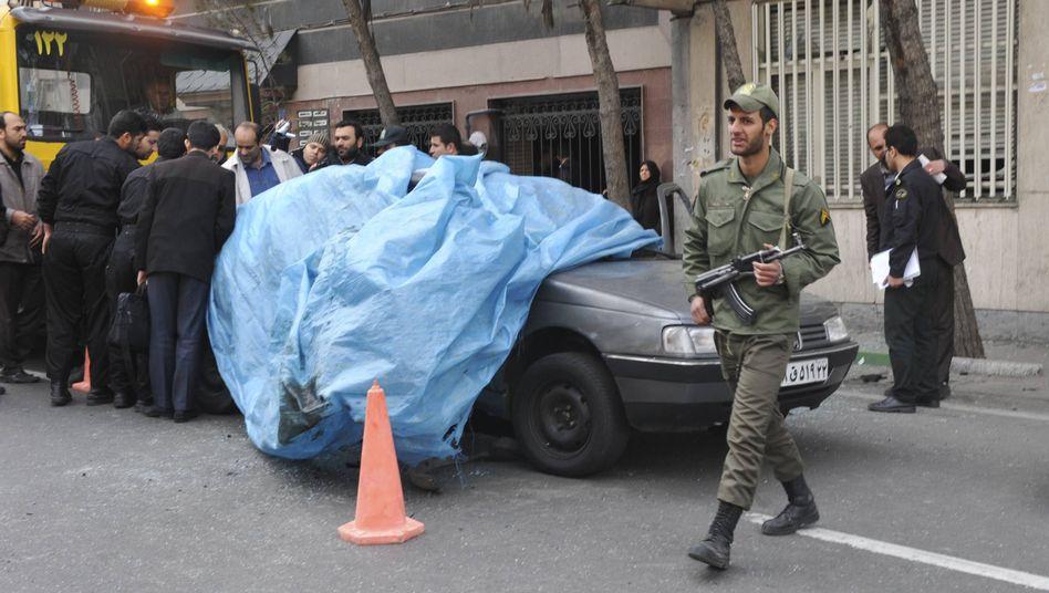 Anschlag inTeheran: Iranischer Atomforscher durch Autobombe getötet