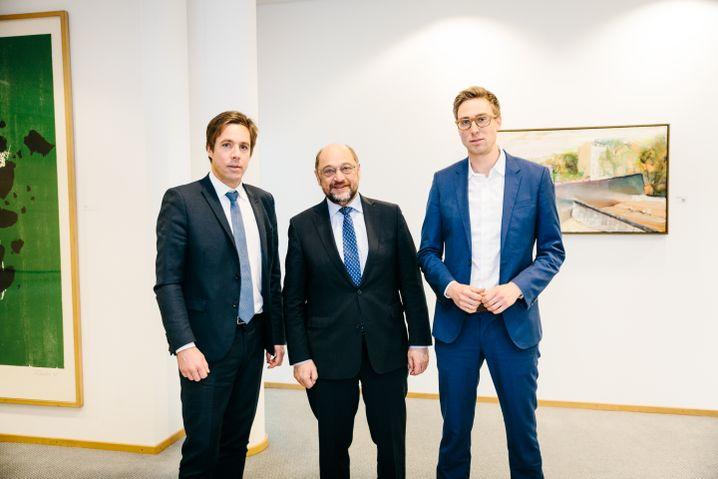 """Schulz, SPIEGEL-Redakteure (Markus Feldenkirchen und Veit Medick in Berlin): """"Wir brauchen eine Bildungsrevolution"""""""