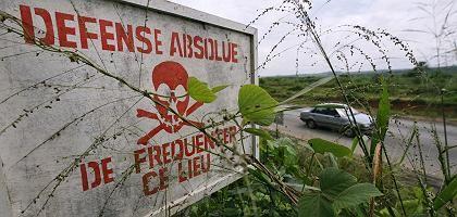 Warnung vor Giftmüll in Afrika: Der Giftcocktail verseucht den Boden
