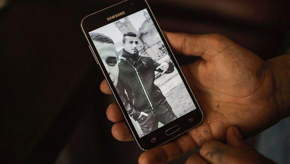 Foto des Tatverdächtigen auf dem Handy seines Bruders: »Wir sind in Kurdistan, und Ali ist allein in Deutschland«