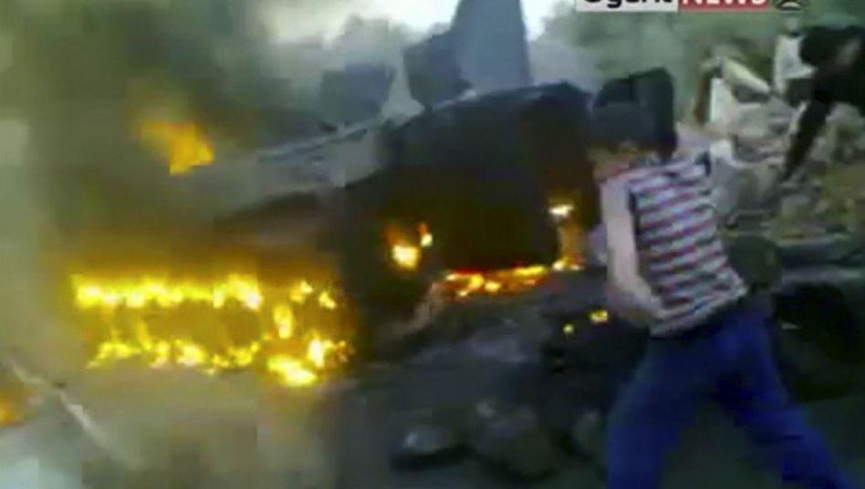 Brennender Panzer: Angriffe auf die syrische Armee häufen sich