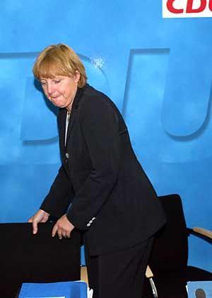 "Merkel: ""Kurs halten"""