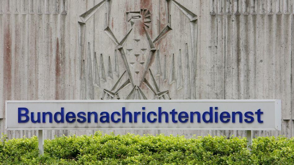 BND-Zentrale in in Pullach: Suche nach verdächtigen Inhalten