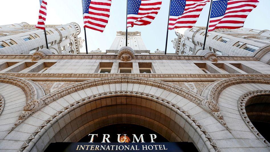 Um dieses Hotel geht es in der Klage der Staatsanwaltschaften: Das Trump International Hotel in Washington