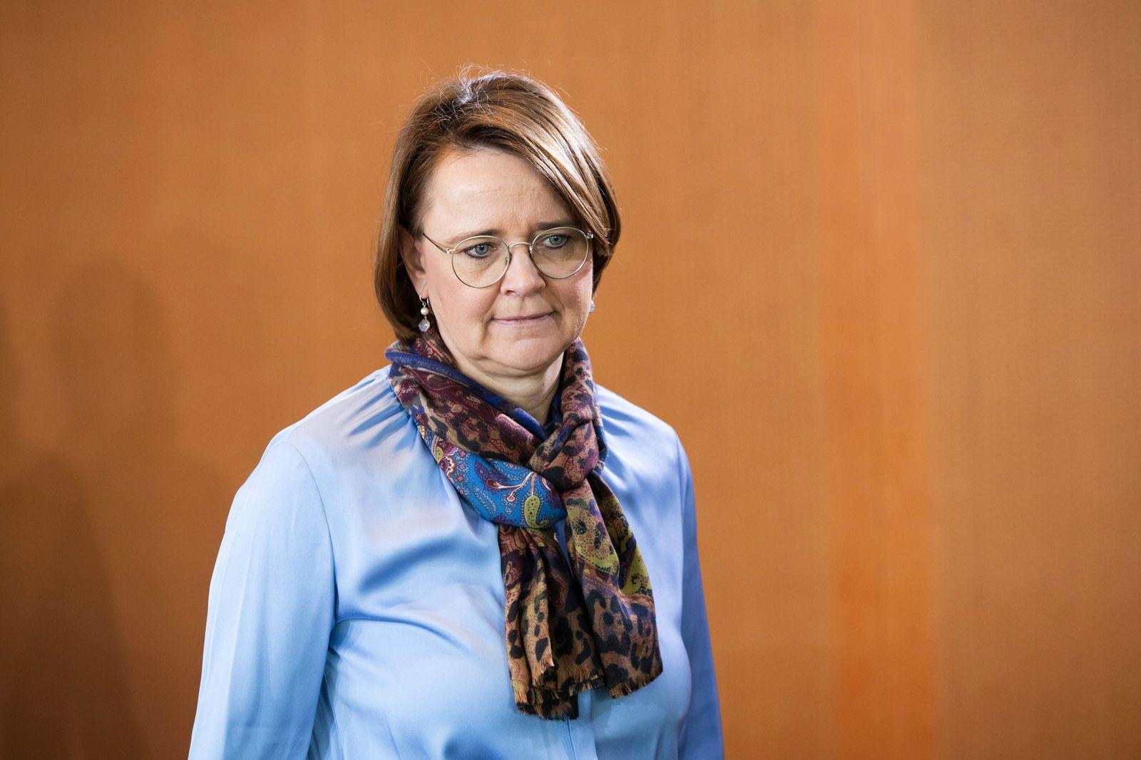 EINMALIGE VERWENDUNG Annette Widmann-Mauz