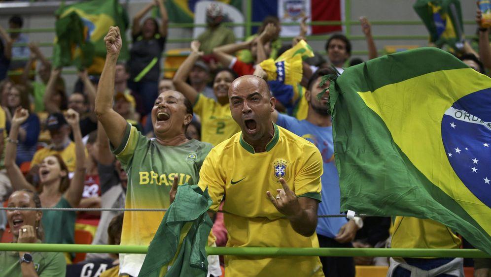 Brasilianische Fans in Rio: Die Feierbiester