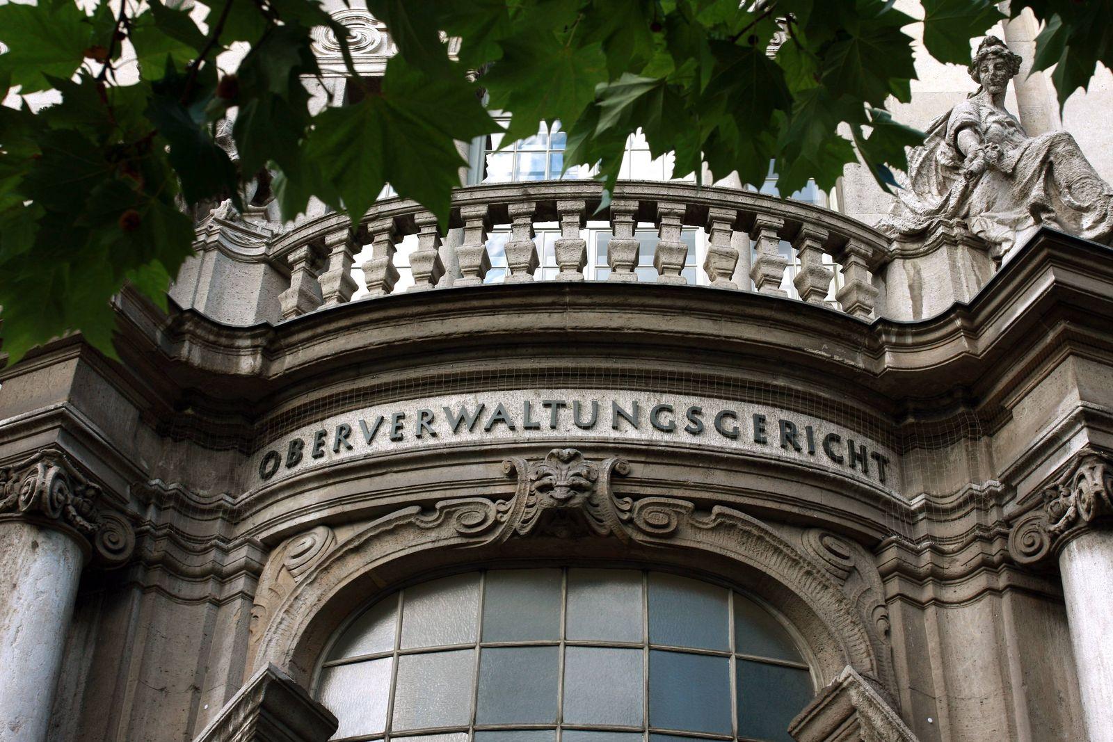 EINMALIGE VERWENDUNG Oberverwaltungsgericht (OVG) Berlin-Brandenburg/ Polizist