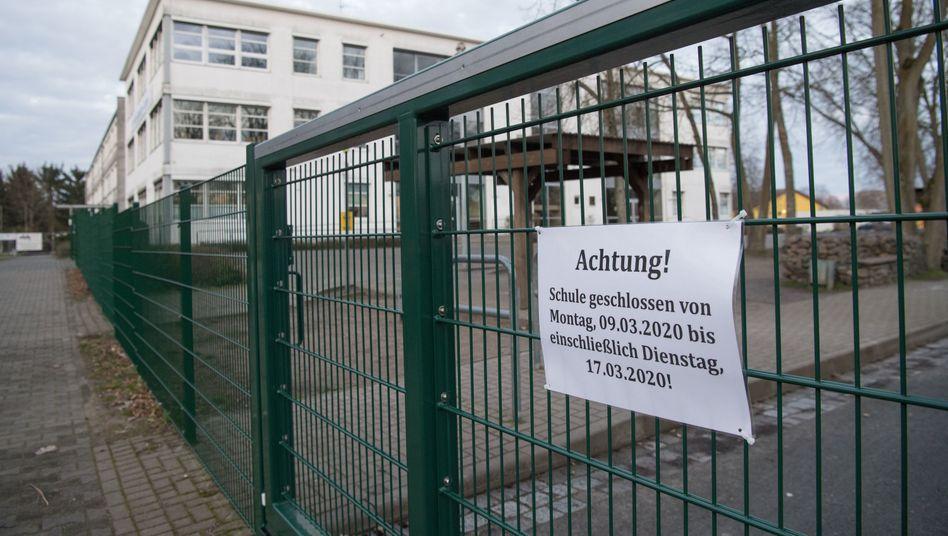 Neustadt/Dosse - Coronavirus-Verdacht: Bis zu 5000 Menschen isoliert