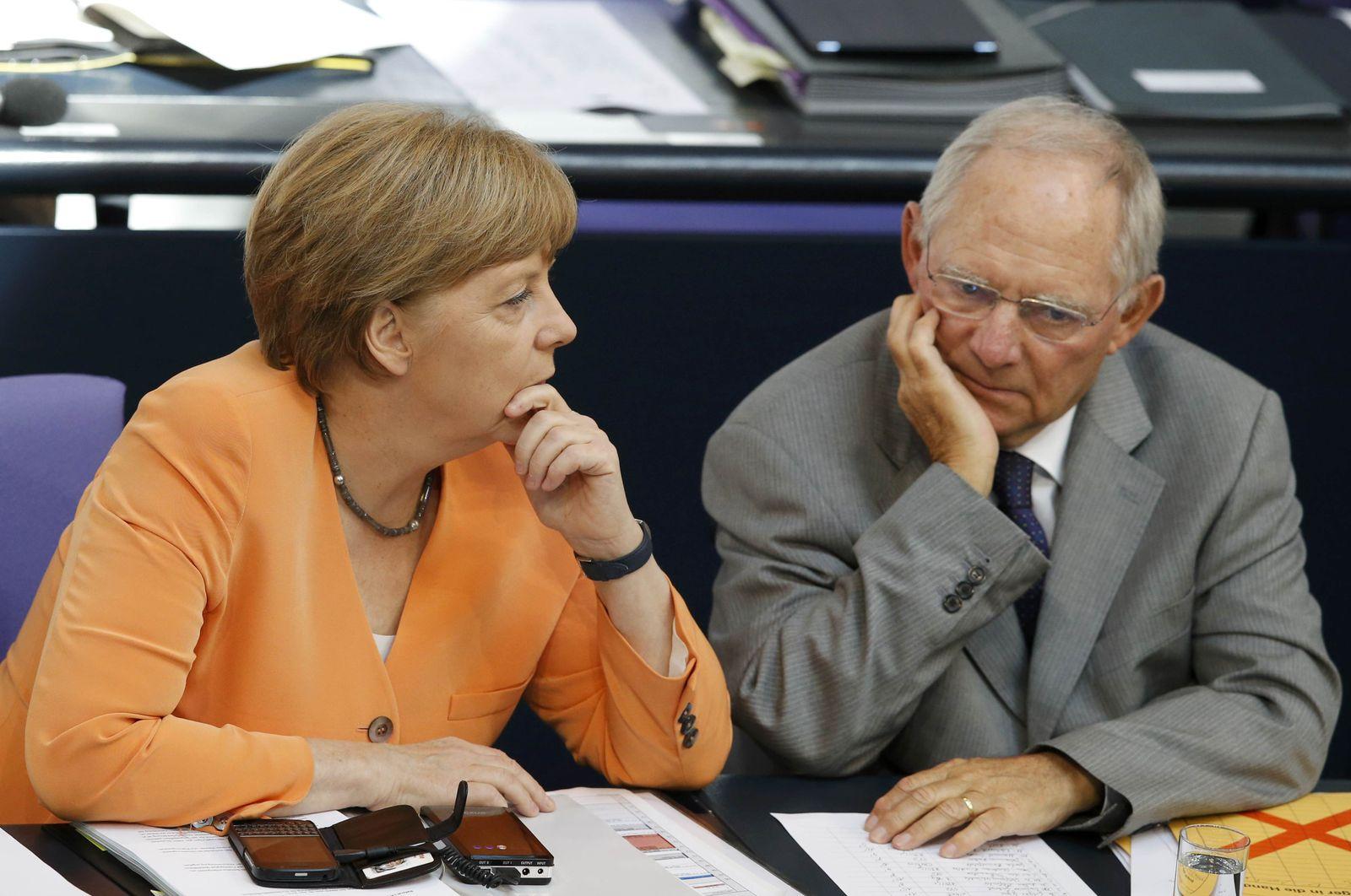 Schäuble Merkel