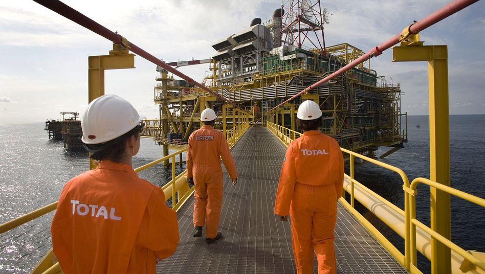 Erdölförderung vor der Küste Nigerias: 16 von 23 Lizenzen laufen aus - China bietet 30 Milliarden Dollar und mehr