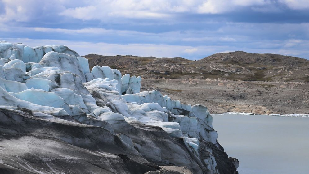 Mysteriöser Wandel: Schwarzes Eis