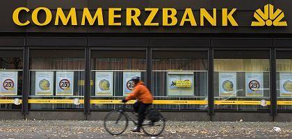 Commerzbank-Logo in Berlin: Staatshilfen noch in diesem Jahr