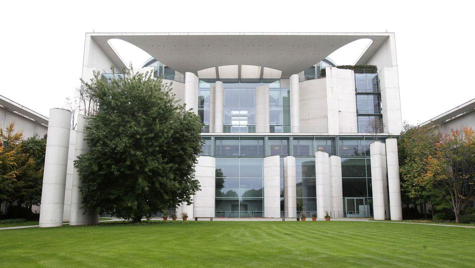 Kanzleramt in Berlin: Fachaufsicht über die deutschen Geheimdienste des Bundes