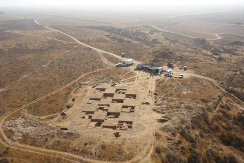 Ausgrabungen in Kubur al-Waleida: Forscher stauen über befestigten ägyptischen Residenzbau