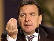 Geht wohl nicht mit leeren Händen in die Verhandlungen: Kanzler Schröder