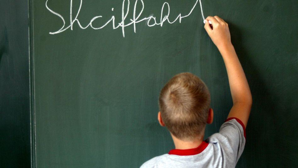 Schüler und Rechtschreibung (Symbolfoto)