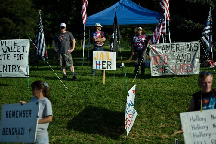 Protest gegen Hillary Clinton