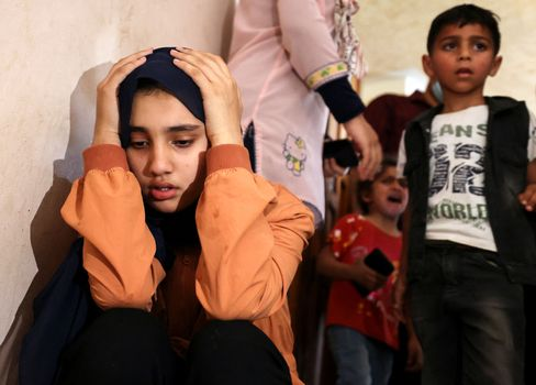 Growing up with war: Children at a Gaza Strip funeral
