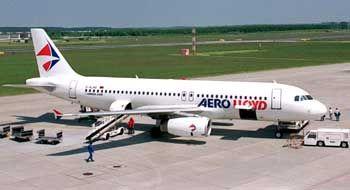 Aero-Lloyd-Flugzeug: Seit sechs Uhr Flugbetrieb eingestellt