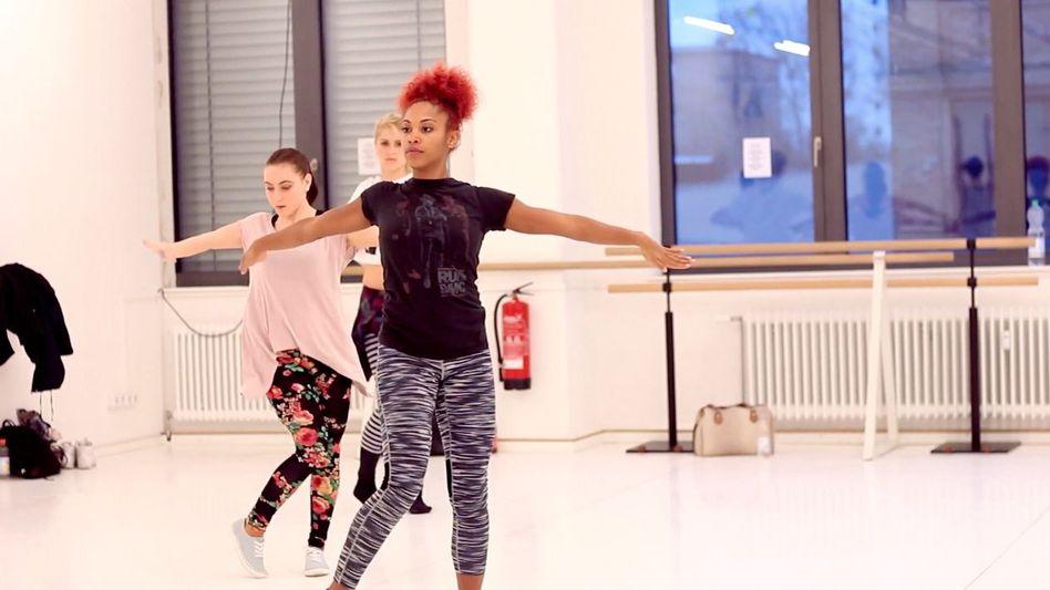 """Vogue-Tänzerin Philp: """"Das muss man sich erst einmal trauen"""""""