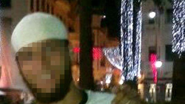 Über soziale Netzwerke verbreitet: Dieses Foto soll den Attentäter zeigen