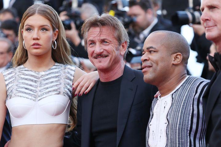 Penn mit den Schauspielern Adele Exarchopoulos und Zubin Cooper