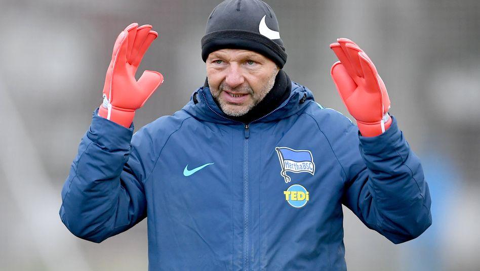 Torwarttrainer Zsolt Petry im Training (Januar 2019)