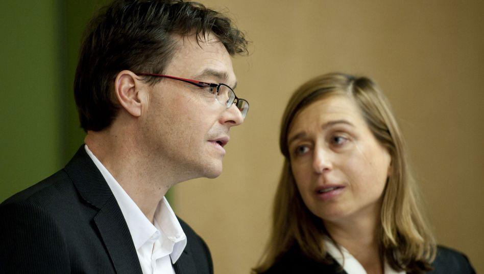Ex-SdK-Vorstand Straub mit Anwältin: Auf freiem Fuß