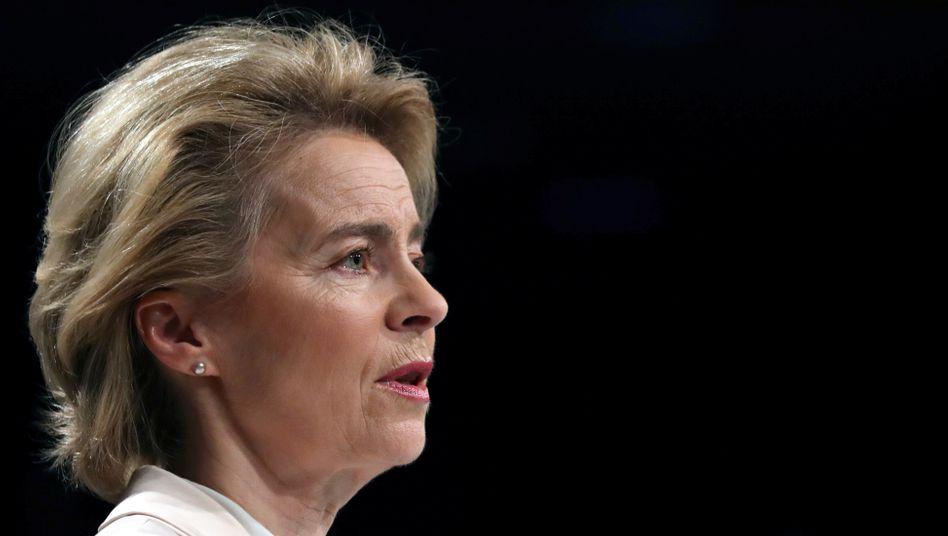 Ursula von der Leyen: diverse Verstöße gegen das Vergaberecht