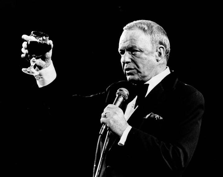 Frank Sinatra 1976 bei einem Auftritt in Rhode Island. Er starb im Alter von 82 Jahren