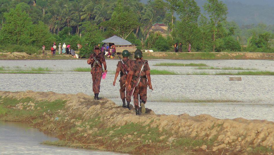 Grenzübergang zwischen Burma und Bangladesch