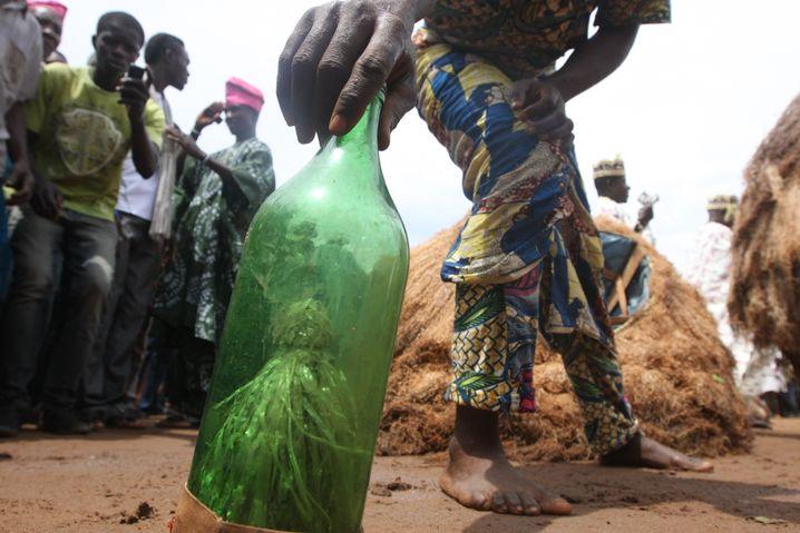 Juju-Ritual in Nigeria: Glaube als psychische Fessel