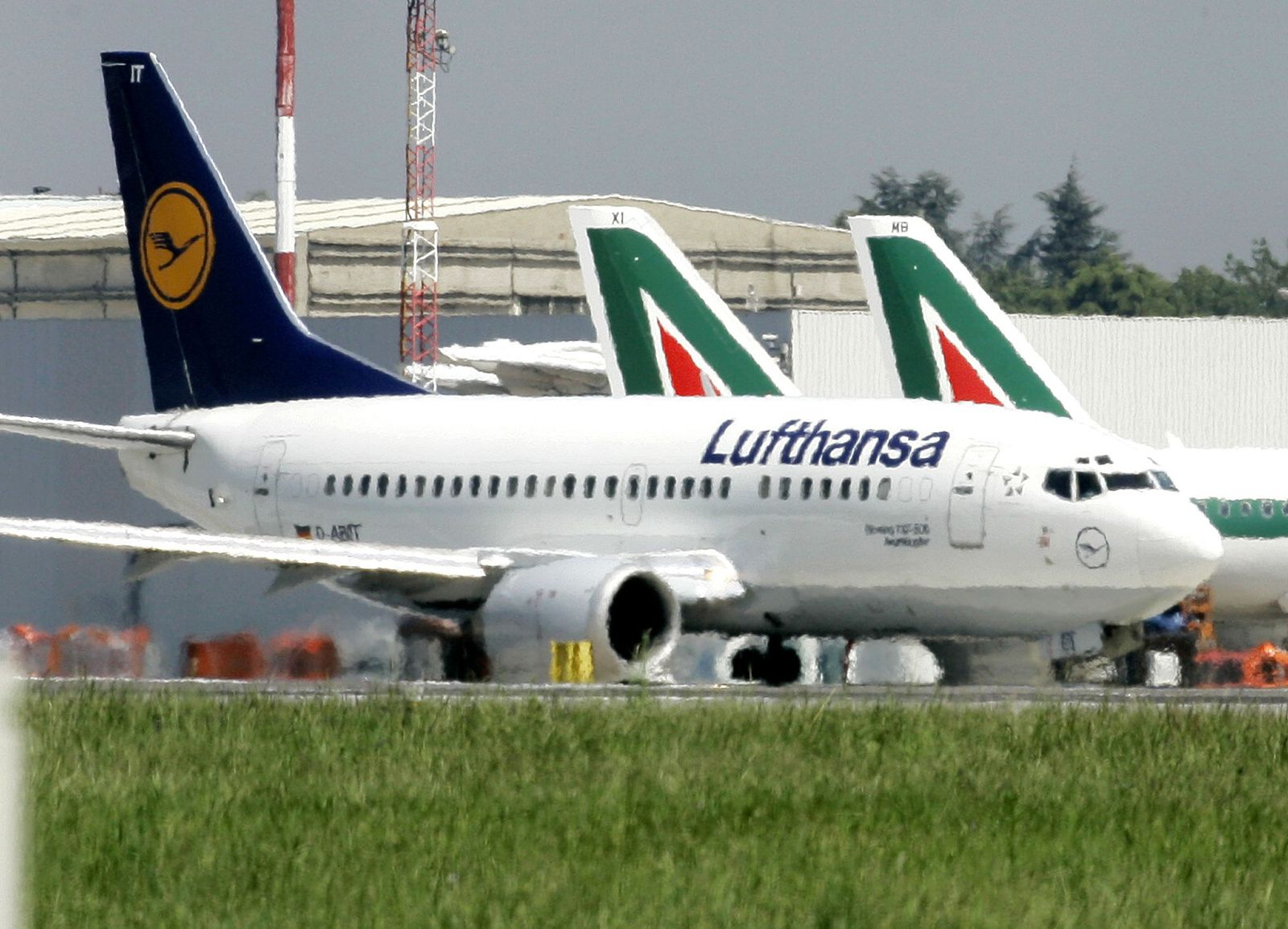Flugzeuge/ Lufthansa/ Alitialia