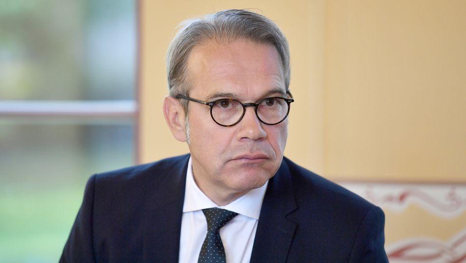 SPD-Politiker Maier: »Als Innenminister sehe ich die Beschränkung des Bewegungsradius aller Thüringerinnen und Thüringer kritisch«