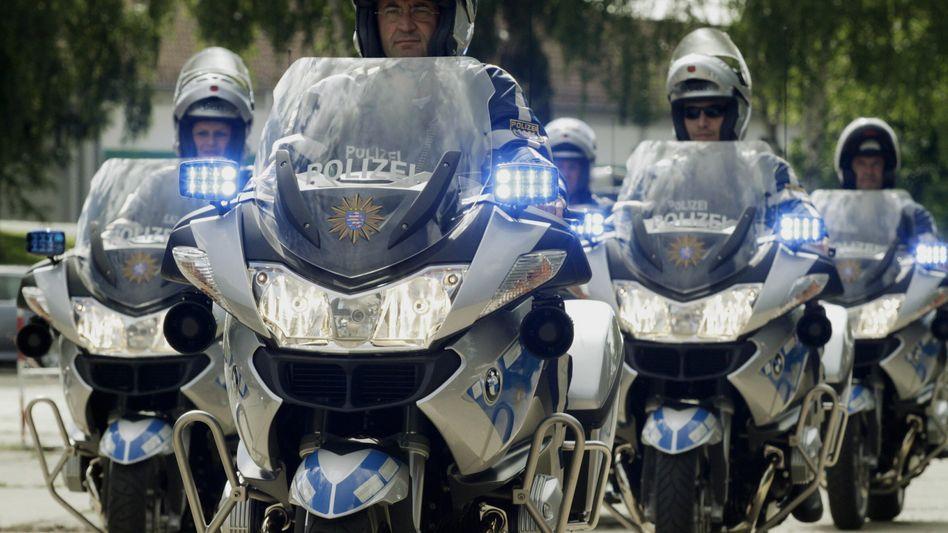 Polizeibeamte aus Hessen: Engere Zusammenarbeit mit dem Verfassungsschutz geplant