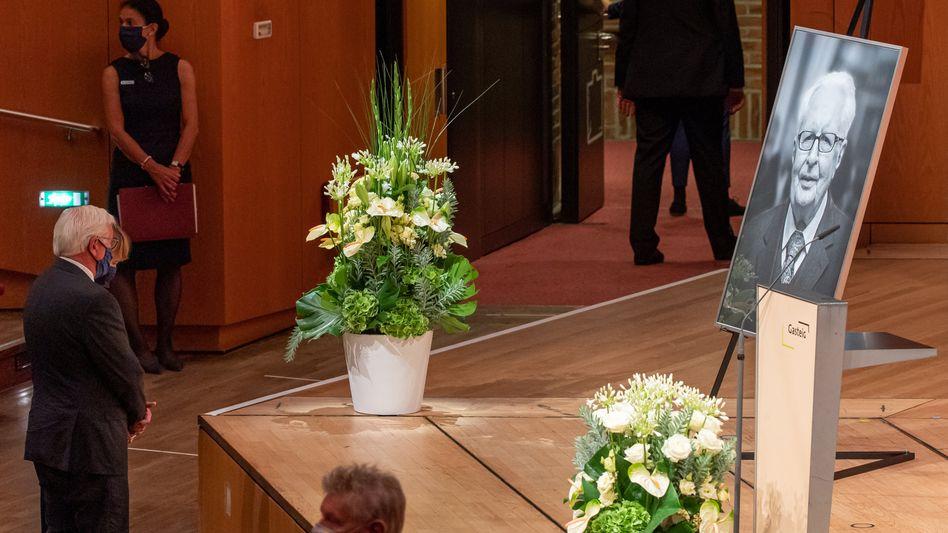 Bundespräsident Frank-Walter Steinmeier bei der Trauerfeier für den früheren SPD-Chef Hans-Jochen Vogel im Gasteig in München