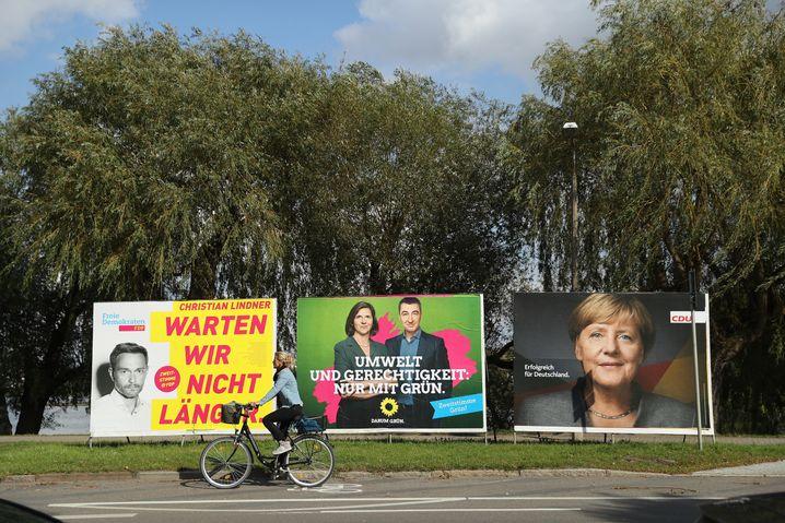Wahlplakate von FDP, Grünen und CDU