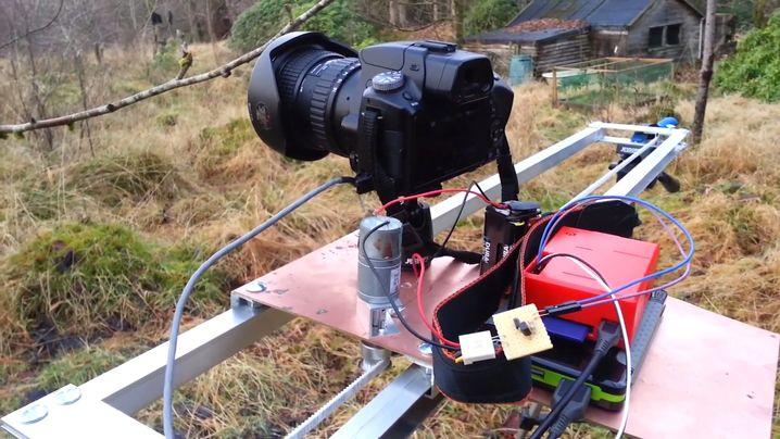 RasPiLapse: Dieser Raspberry Pi steuert Zeitrafferaufnahmen einer motorisierten Kamera