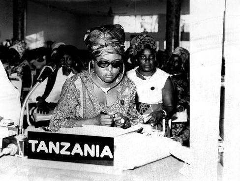 Lucy Lameck: Erste Frau unter Tansanias Parlamentariern