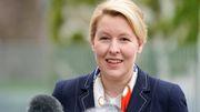 Giffey kritisiert Umgang mit Plagiatsverdacht bei Politikerinnen