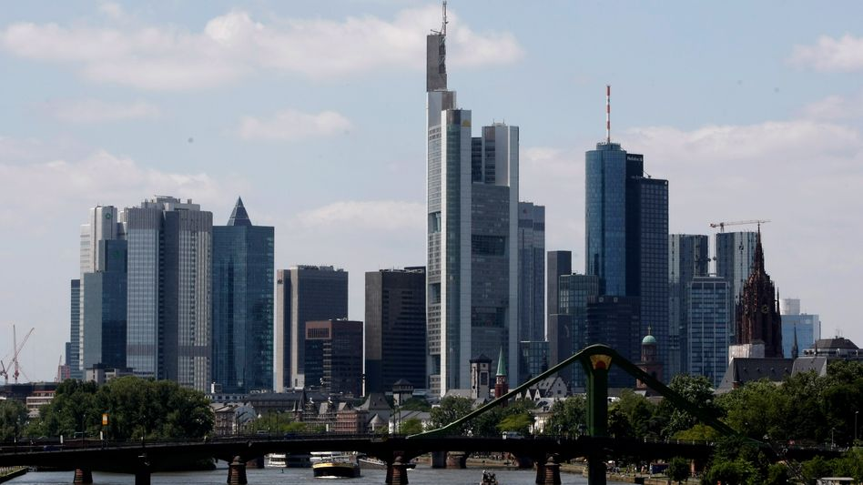 Frankfurter Banken: Die Überheblichkeit mancher Manager verstärkt den Ärger der Politik