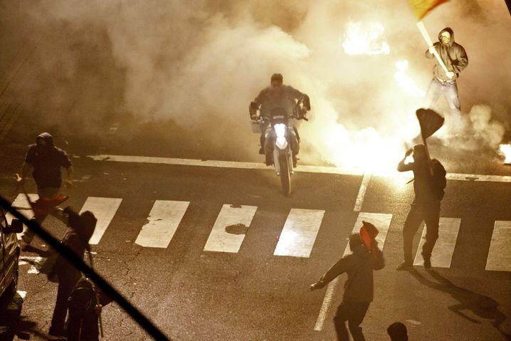"""Nicht Athen, sondern Teneriffa: Dreharbeiten zum neuen """"Bourne""""-Film auf dem nachgebauten Syntagma-Platz in Santa Cruz"""
